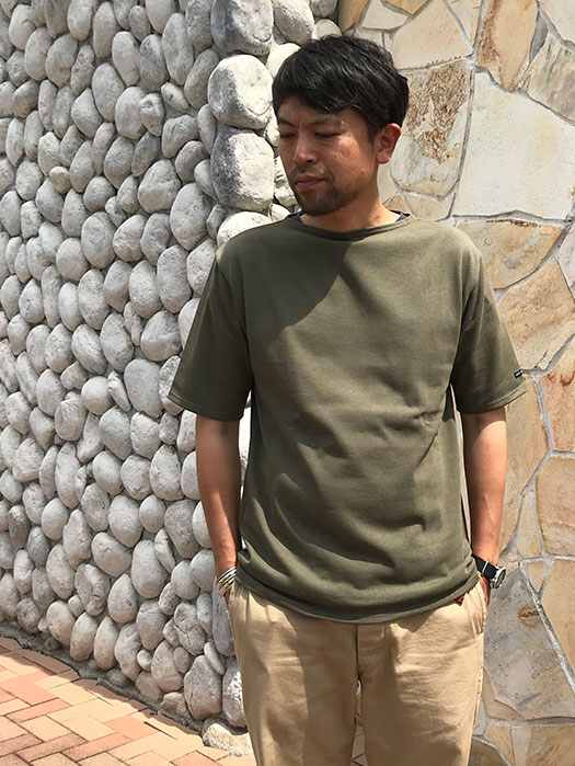 OUESSANT LIGHT SHORT SLEEVE (カーキグリーン)