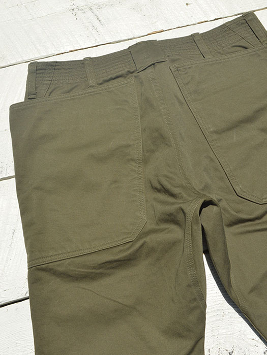【SASSAFRAS】 Fall Leaf Sprayer Pants (Chino)